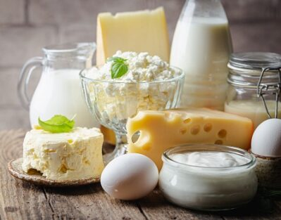 Pros & Cons of Dairy Products for Seniors in Rhode Island